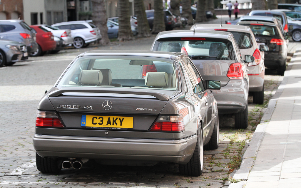 spotted mercedes benz c124 300 ce amg amg in years. Black Bedroom Furniture Sets. Home Design Ideas