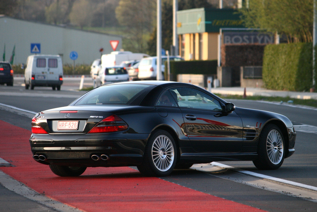 Mercedes benz sl amg amg in years for 500 hp mercedes benz