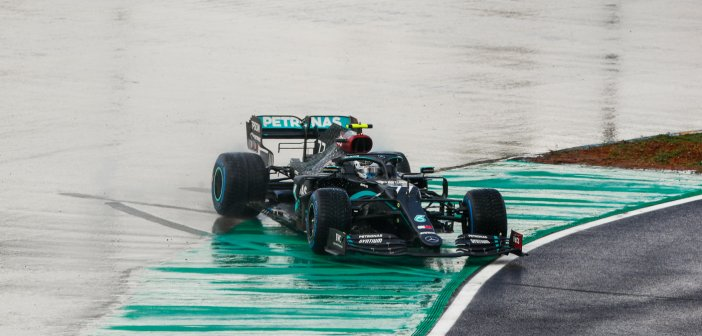 Lewis Hamilton takes 7th title with Mercedes-AMG and equalizes Michael Schumacher