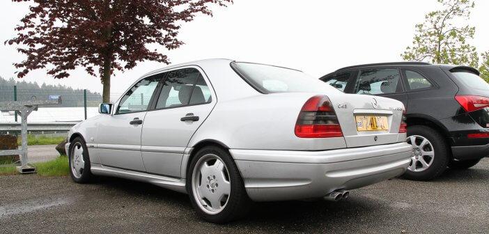 Spot – Mercedes-Benz C43 AMG W202